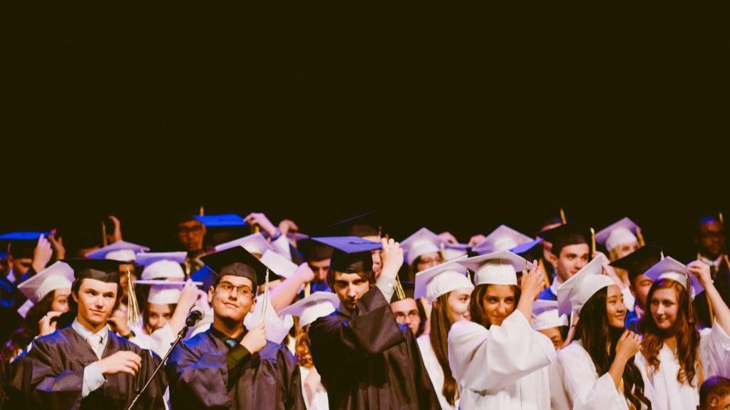 海外大学での卒業式