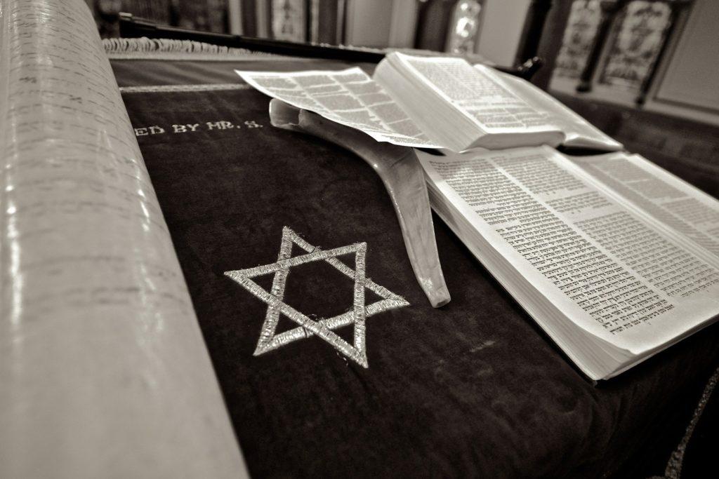 ユダヤ教と割礼はおちんちんの皮を剥くこととは違う